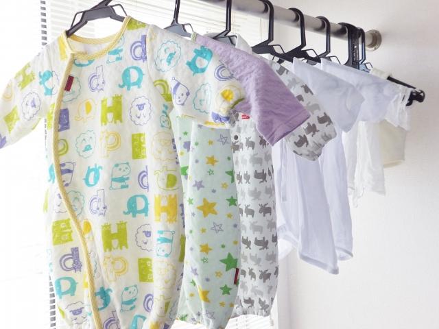 室内に洗濯物を干せば加湿もできる
