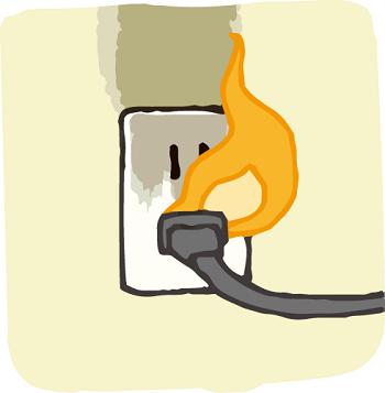 電源コードから発火